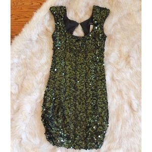 B. DARLIN emerald sequin dress